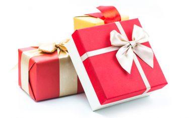 クリスマスプレゼントにぴったり♪ 美容室で買える、女性が喜んでくれるモノって?
