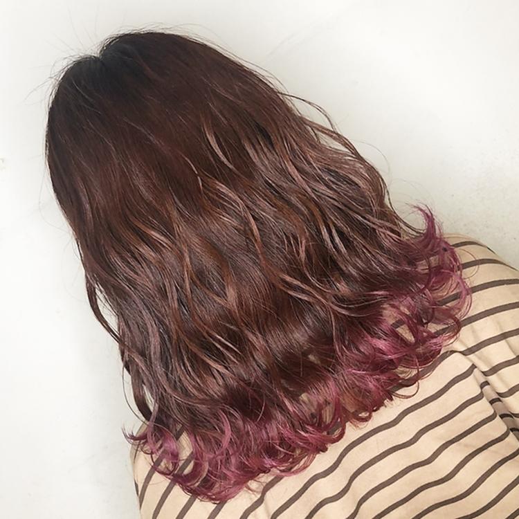 チェリーレッド 裾カラー