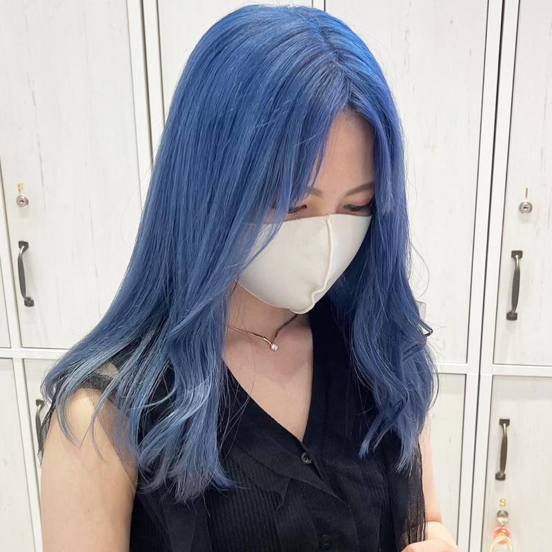 鮮やかブルー